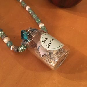 🌊 Keepsake beach necklace 🌊